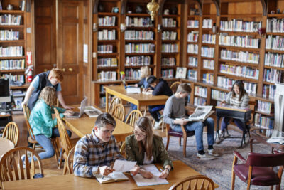 Trianon Library